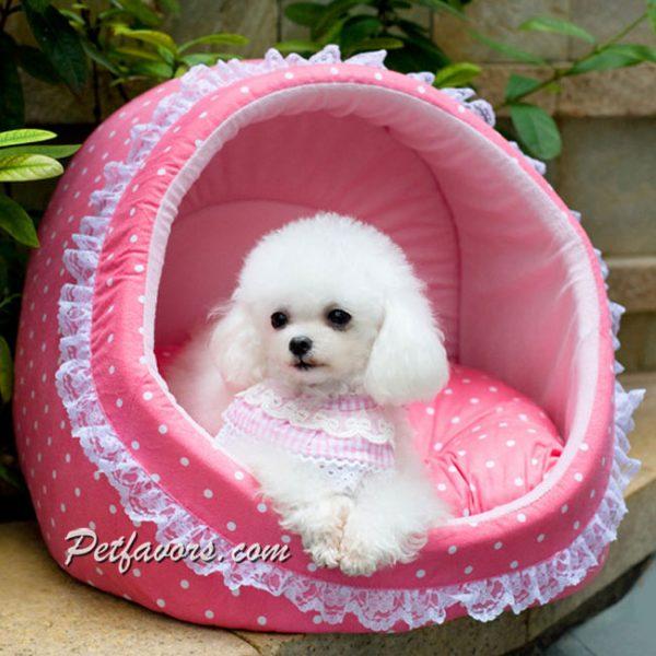 Cozy Polka Dot Den Pet Bed - Pink